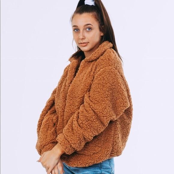 0e6474267312 high key Sweaters